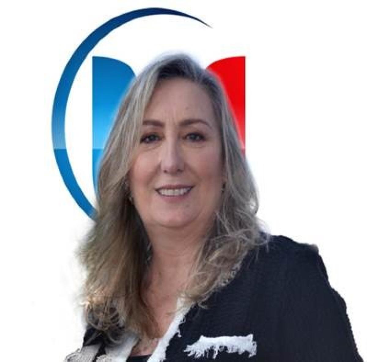 Drª Carla Dolezel